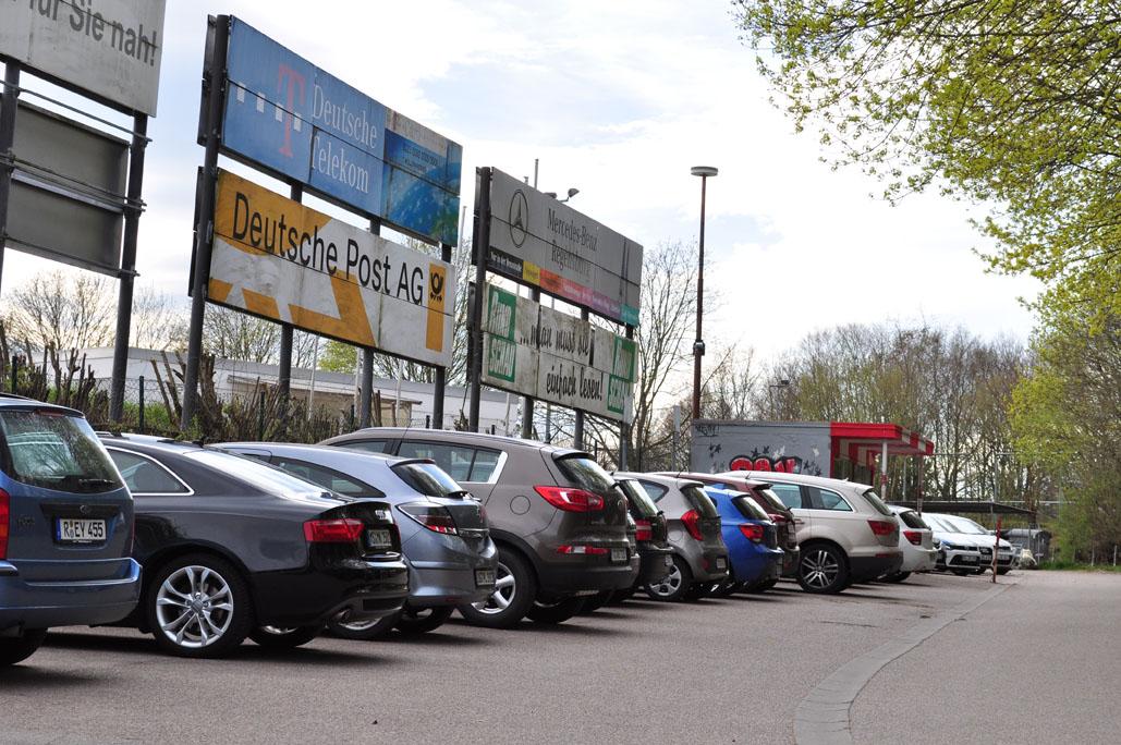 stadion am kaulbachweg spitzensport regensburg. Black Bedroom Furniture Sets. Home Design Ideas